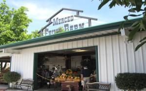 Merced-Fruit-Barn